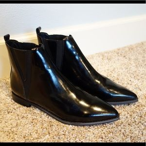 Black Chelsea boots by Jeffrey Campbell size 7.5